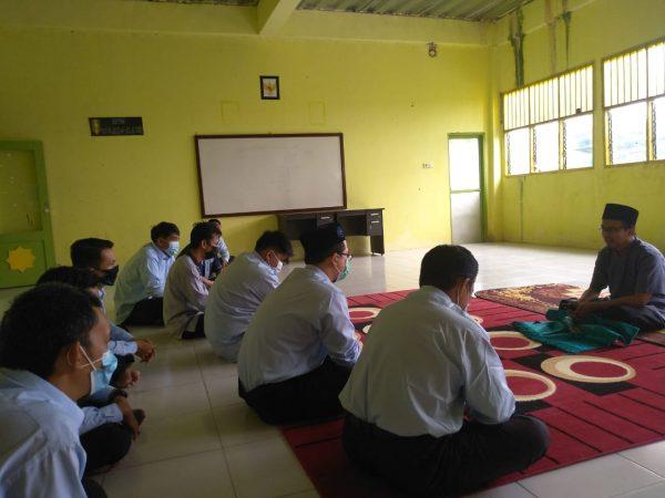 MBS Tarakan Awali Rutinitas dengan MSG (Morning Spiritual Greating ) Sebagai Bekal Keilmuan Batinniyah Pendidik Santri, Guru, dan Pegawai